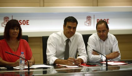 Listado de miembros de la Ejecutiva del PSOE que han presentado su renuncia para provocar la caída de Sánchez