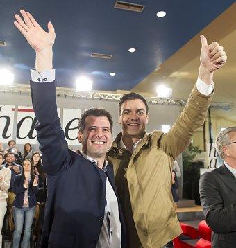Afines a Sánchez reclaman un congreso