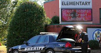 """Uno de los niños heridos en el tiroteo de Carolina del Sur, """"entre la..."""