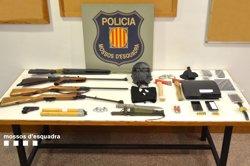 Successos.- Desmantellada una banda que assaltava plantacions de marihuana a Girona (MOSSOS D'ESQUADRA)