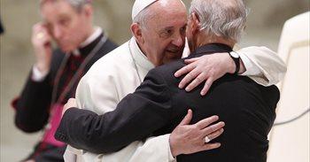 """El Superior de los Jesuitas: """"Una Iglesia que juzga a los demás usurpa el..."""
