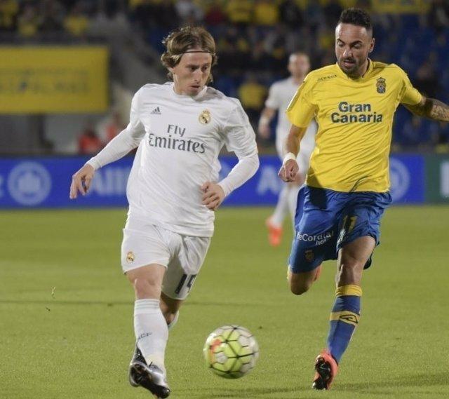 Luka Modric Momo Real Madrid Las Palmas