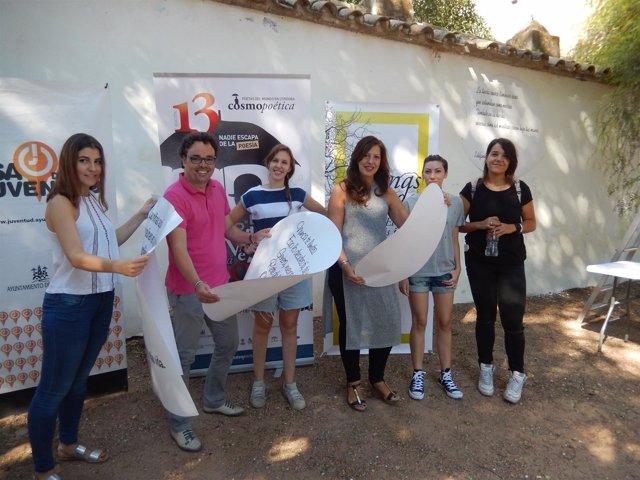 Actividad de Cosmopoética en los Jardines de Orive de Córdoba