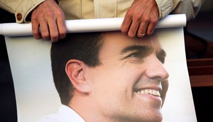 El Comitè Federal del PSOE negocia una gestora provisional fins dissabte que ve
