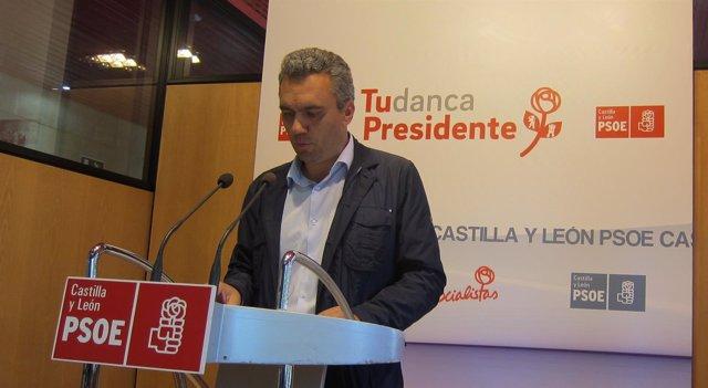 Javier Izquierdo.