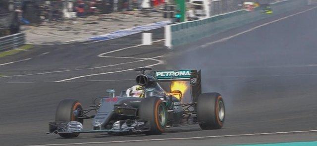 Lewis Hamilton fuego Malasia abandono Sepang