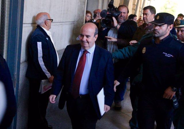 Gaspar Zarrías llega al juzgado para declarar