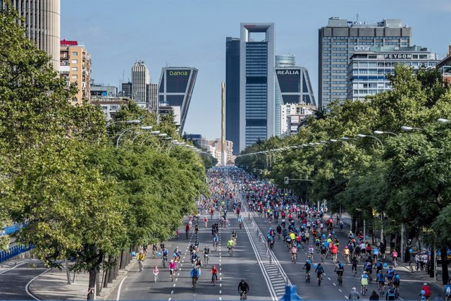 Fiesta de la Bici Bicicleta Movistar Madrid