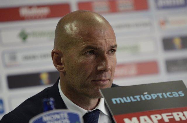 Zinedine Zidane en el rueda de prensa postpartico del Getafe - Real Madrid