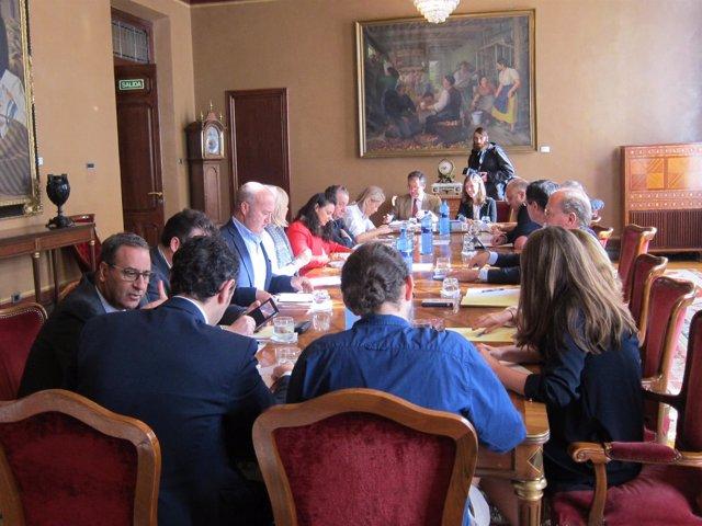 Junta de portavoces en la Junta General del Principado de Asturias