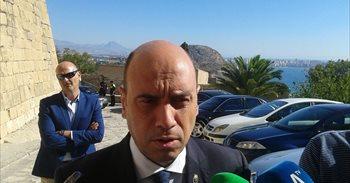 El alcalde de Alicante pedirá expulsar a socialistas que respalden un...