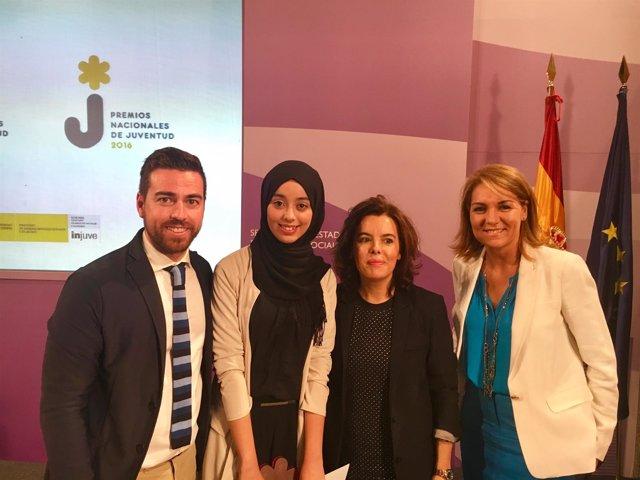 Hajar Houdad Kasmi, junto a Sánchez, Santamaría y Camarero