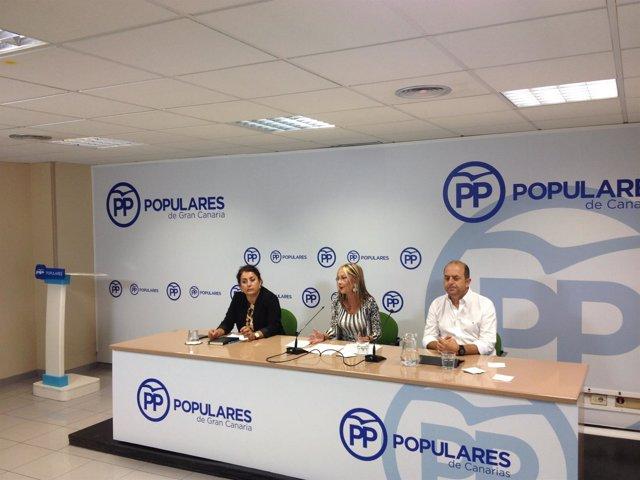 Los populares de Gran Canaria este martes en la sede de la capital