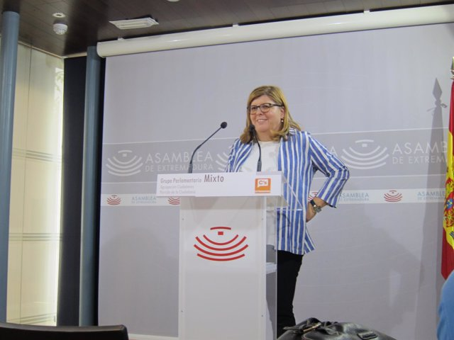 María Victoria Domínguez