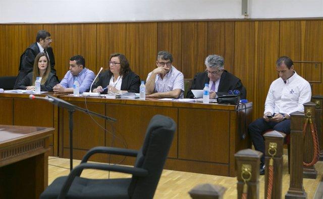 """Juicio por el caso de las """"facturas falsas"""" en el Ayuntamiento de Baena"""