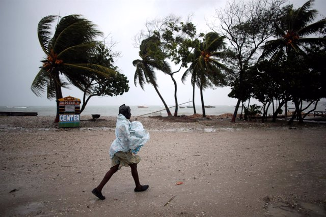 El huracán Matthew a su paso por Haití