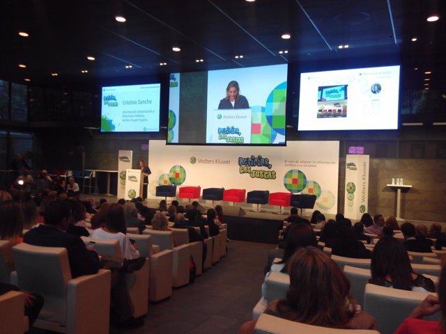 Presentación del libro 'Noticias, las justas', coordinado por Sergio Martín