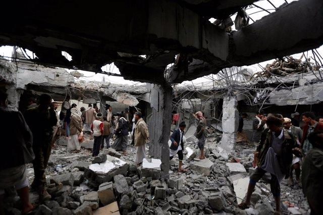 Efectos de un bombardeo aéreo en el norte de Yemen