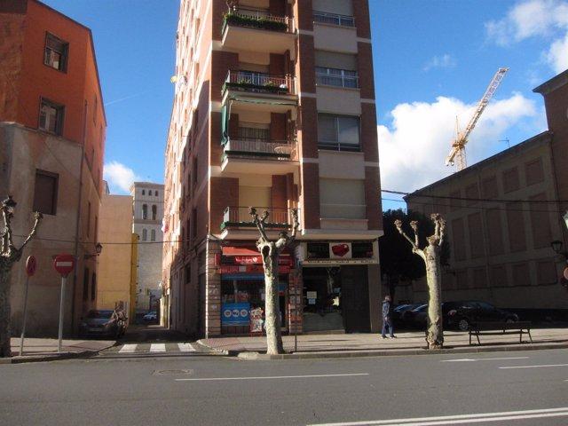 Imagen de dos calles del barrio de La Villanueva