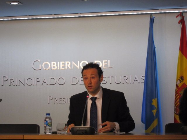 El consejero de Presidencia de Asturias, Guillermo Martínez