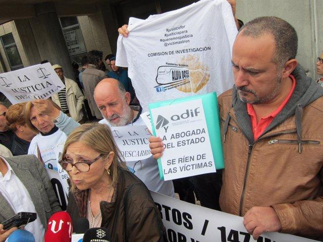 Teresa Gómez-Limón, miembro de la plataforma de víctimas del Alvia, en Santiago