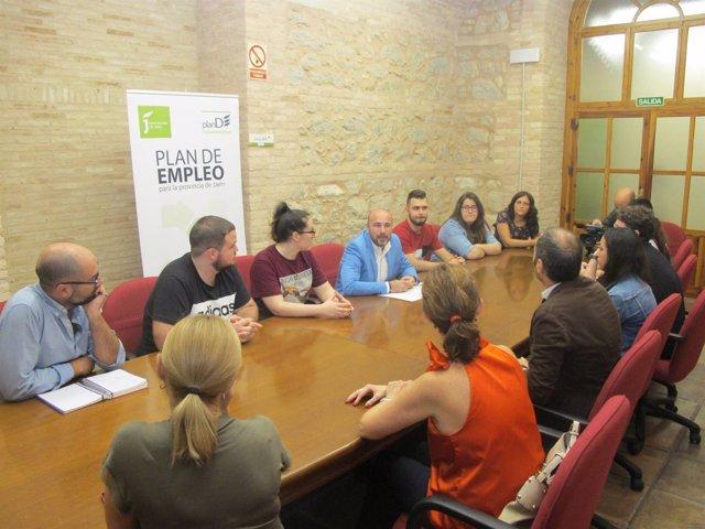 Recepción a alumnos becados por la Diputación para hacer prácticas en Roma.
