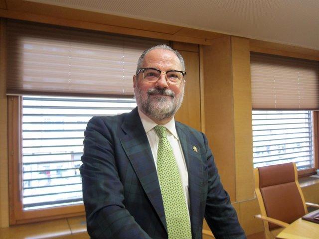 Jesús Verdugo, todavía decano de los abogados de Valladolid.