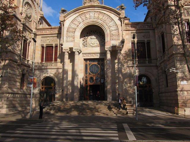 Fachada del Palau de Justícia, sede del TSJC y de la Audiencia de Barcelona