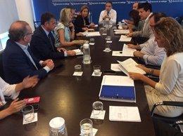 Elías Bendodo preside junta de gobierno local