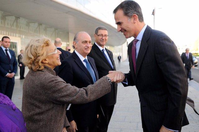 Manuela Carmena con el Rey Felipe VI