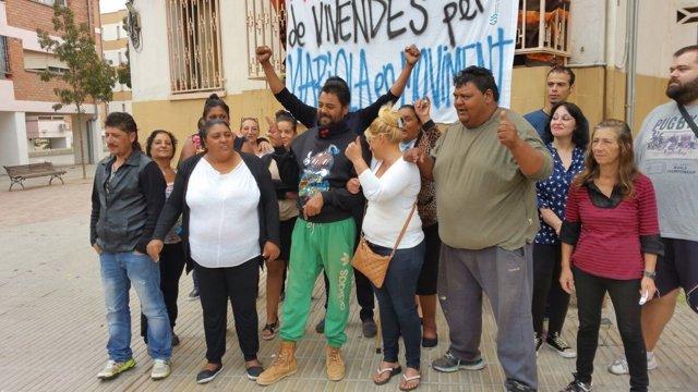 Varias familias de la Mariola han ocupado pisos de bancos en Lleida