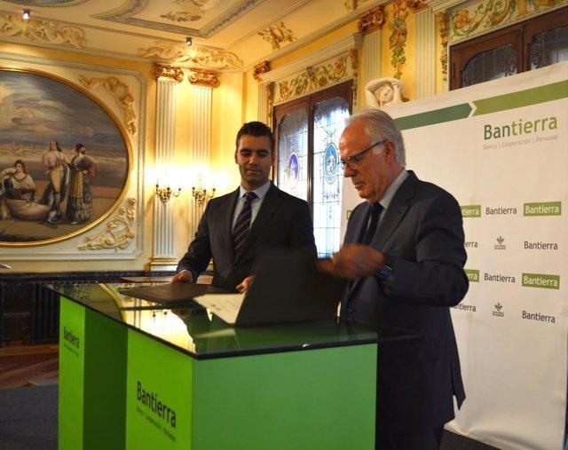 Firma entre Bantierra y CESTE