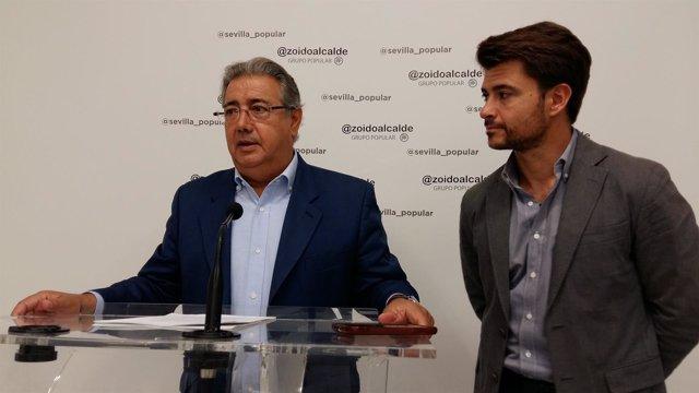 Los concejales del PP en Sevilla Juan Ignacio Zoido y Beltrán Pérez
