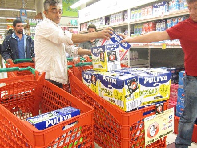 Boicot de Unións Agrarias a productos de Lactalis