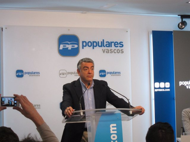 Javier de Andrés.