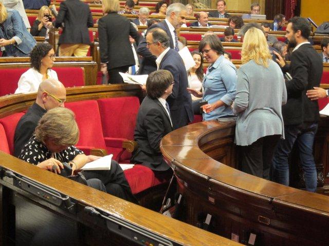 Pte.Carles Puigdemont, Mireia Boya (CUP)