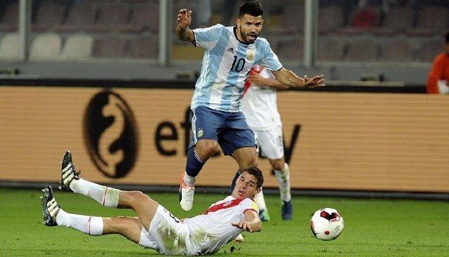 Sergio Agüero en el Perú-Argentina de las Eliminatorias Sudamericanos