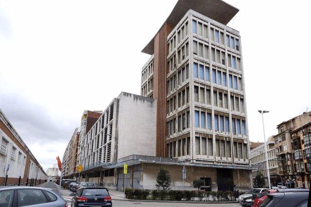 Antiguo edificio de Tabacalera que acogerá el centro cívico