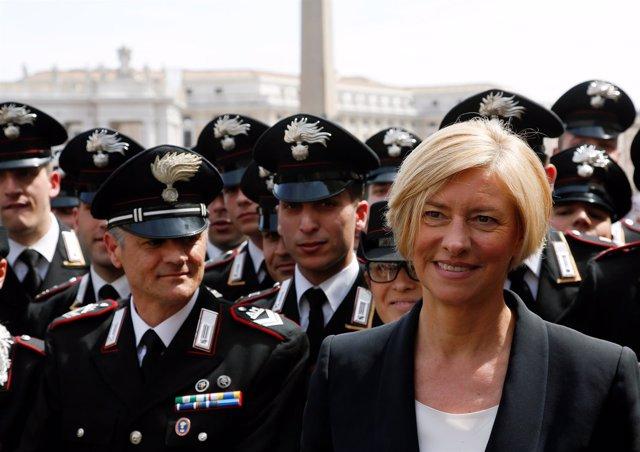 La ministra de Defensa italiana, Roberta Pinotti