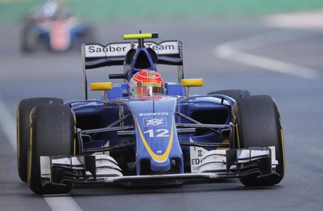 El brasileño Felipe Nasr con el Sauber 2016