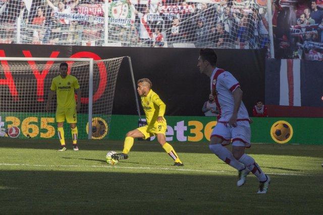 Jonathan Dos Santos en el partido contra el rayo Vallecano