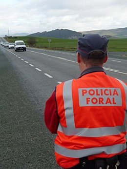 Agente de la Policía Foral.