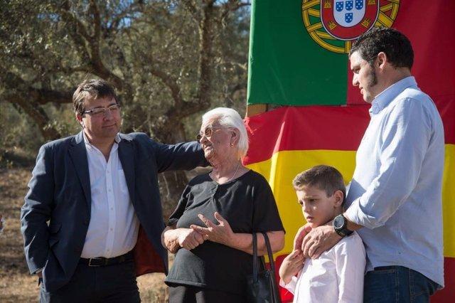 Fernández Vara en su visita a Barrancos