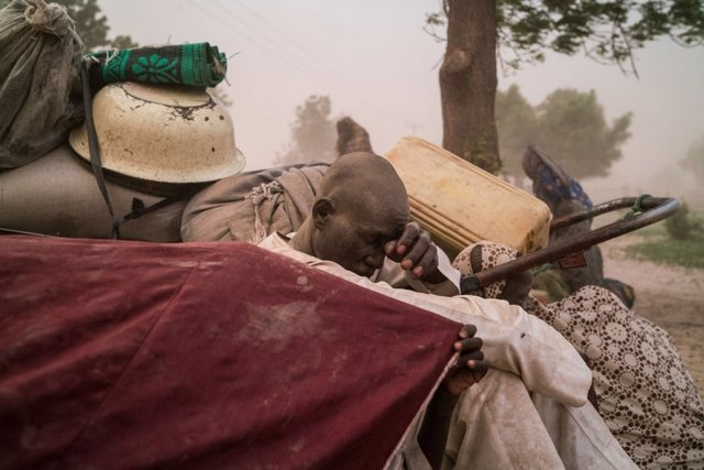Un desplazado interno en Nigeria