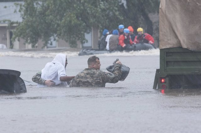 Rescate de la Guardia Nacional en Carolina del Norte