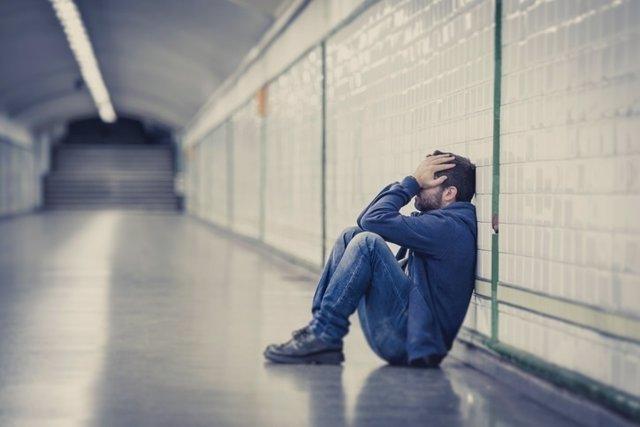 Depresión, dolor, metro, llorar