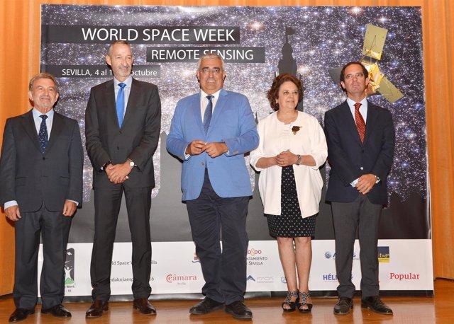 Clausura de la Semana Mundial del Espacio, en Sevilla.