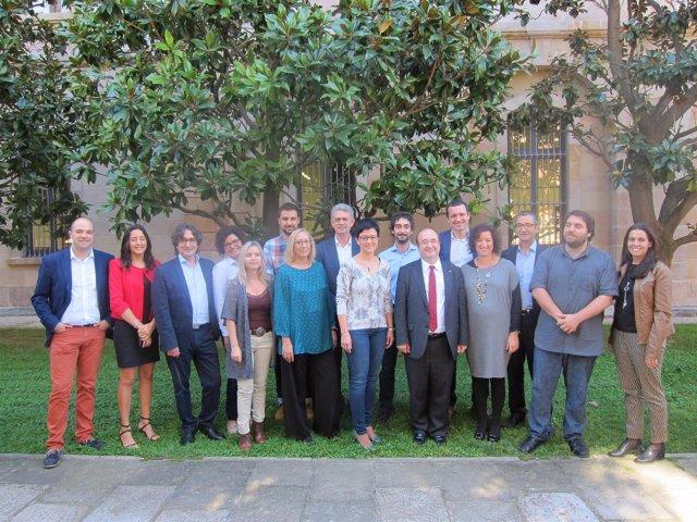 Los 16 diputados del PSC en el Parlament