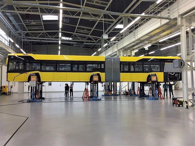 La nueve guaguas tienen capacidad para transportar a 140 pasajeros