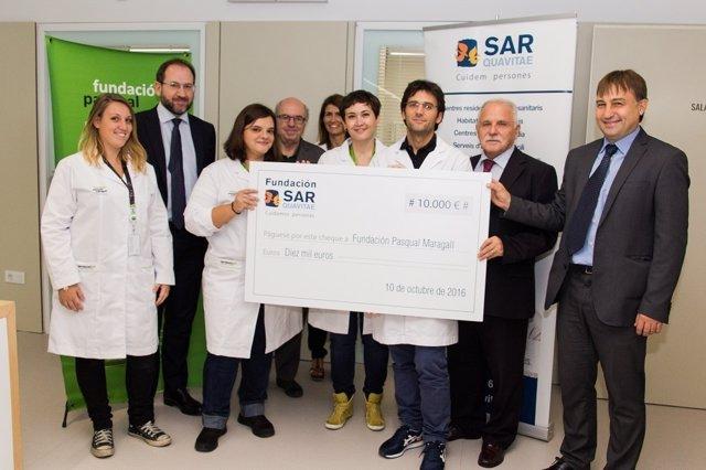 Representantes de la Fundación SARquavitae y de la Fundación Pasqual Maragall